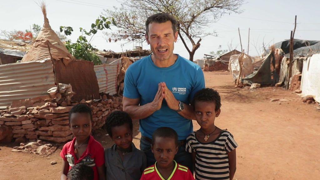 Jesús Vázquez viaja con 12 Meses y ACNUR a los campos de refugiados de Etiopía