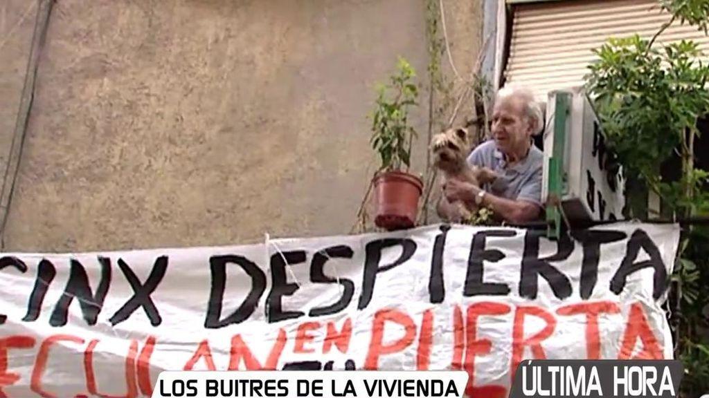 Francisco se enfrenta, con 83 años y un cáncer, a la expulsión de su vivienda por un 'fondo buitre'