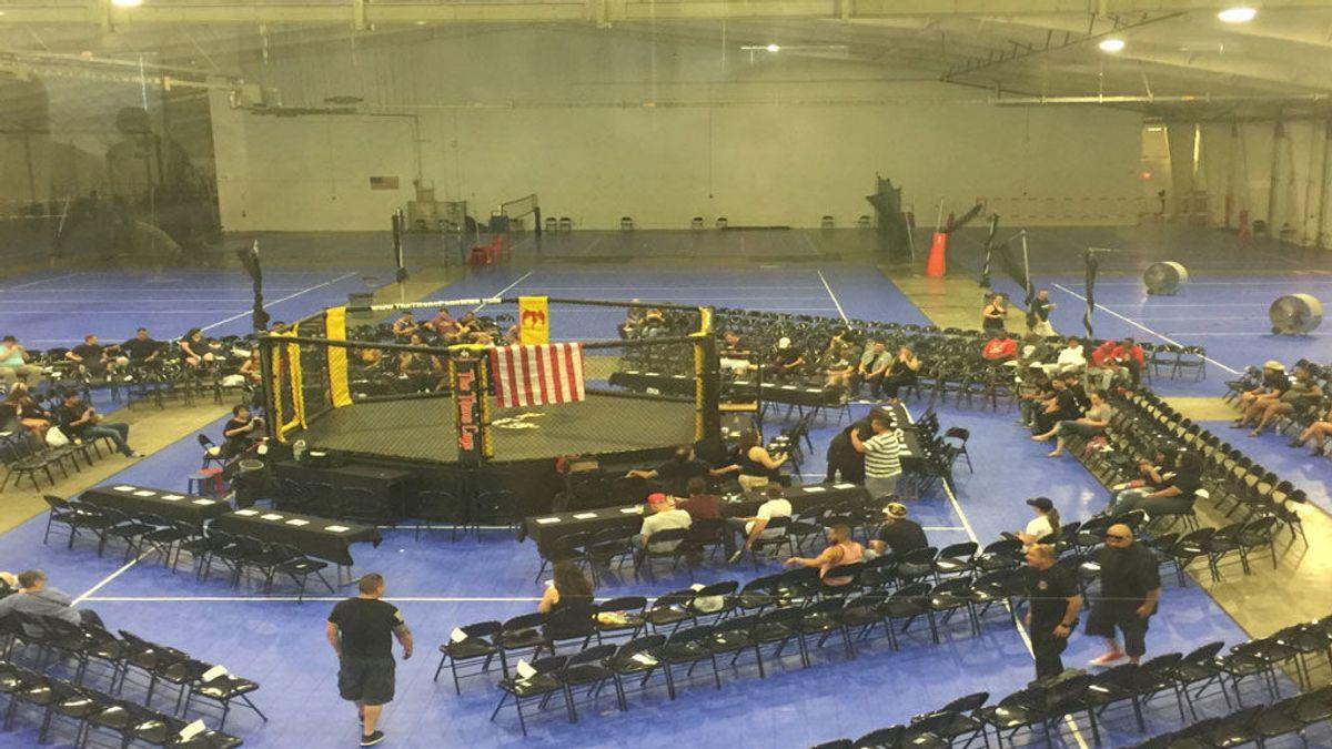 Ver para creer: La peor pelea multitudinaria de la historia de la MMA