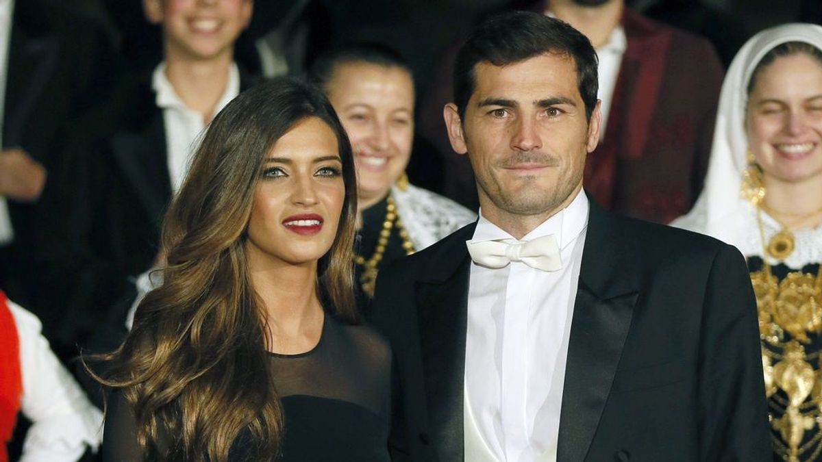 """La broma de Casillas a Sara Carbonero por una foto en minifalda: """"No enseñes tanto el muslo que te constipas"""""""