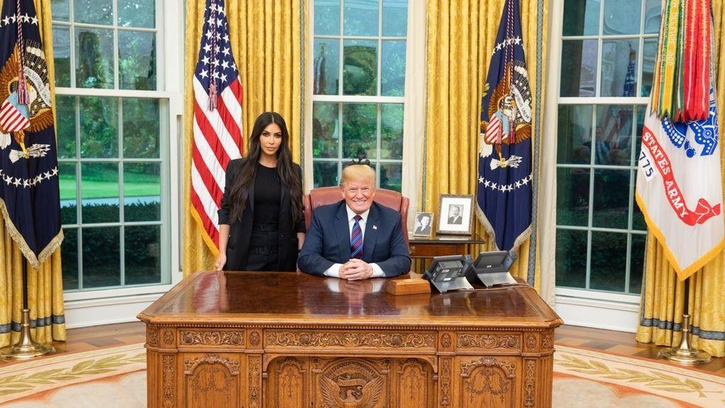 Kim Kardashian y Donald Trump, en la reunión que mantuvieron el 31 de mayo de 2018.