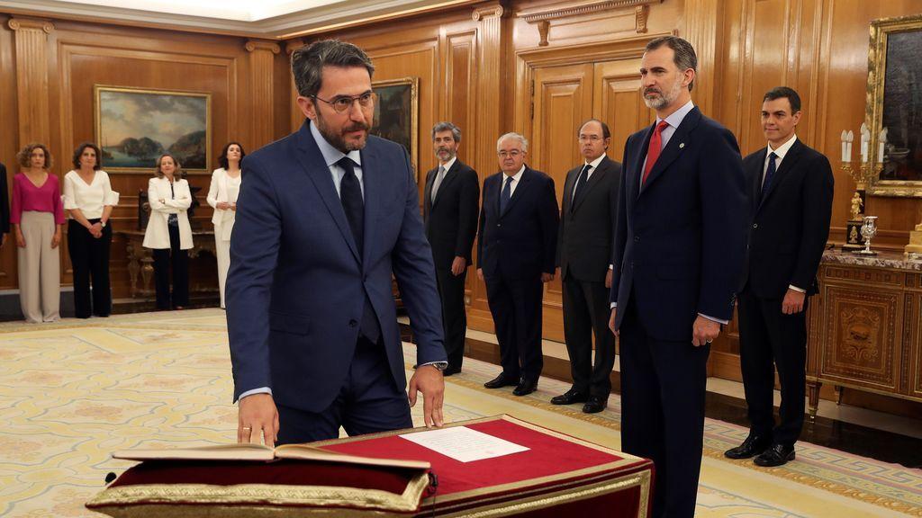 Màxim Huerta, ministro de Cultura, promete su cargo ante el rey