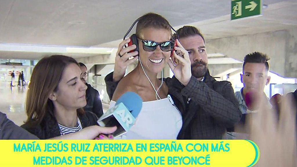 La caótica llegada de María Jesús Ruiz a España tras ser expulsada de 'Supervivientes'