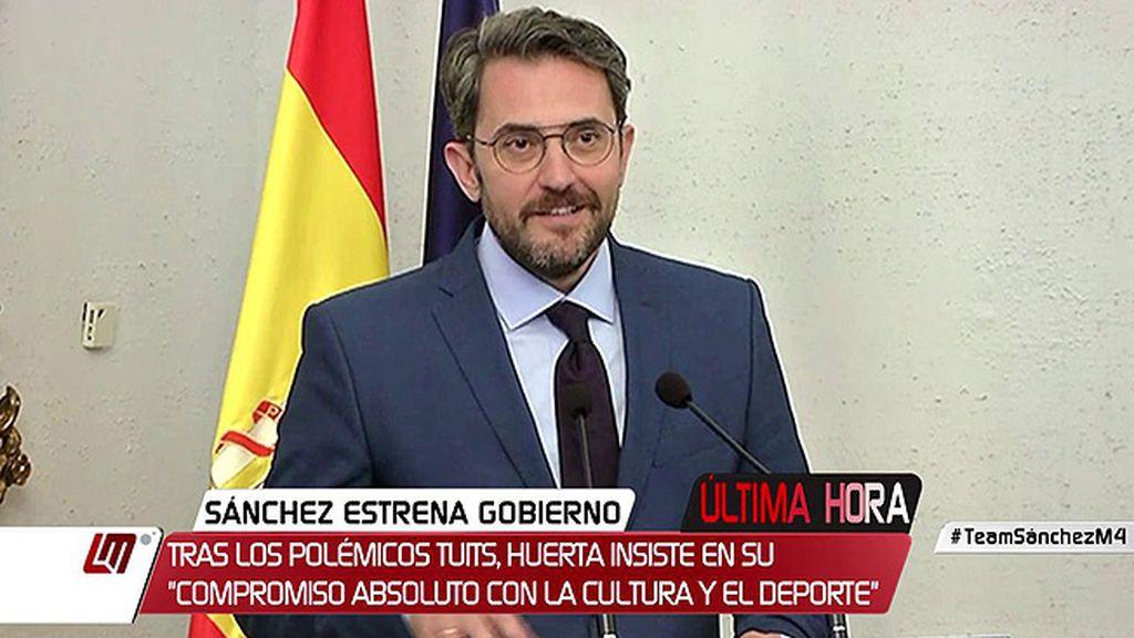 Màxim Huerta toma posesión de su cargo y ataja la polémica por sus tuits sobre el deporte