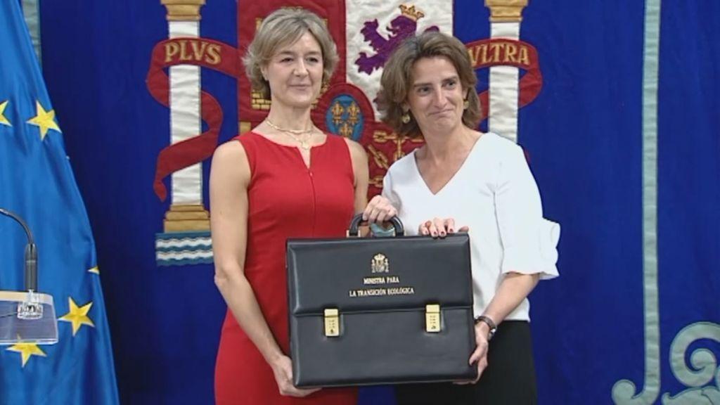 Ribera recibe la cartera de Transición Ecológica de manos de Tejerina