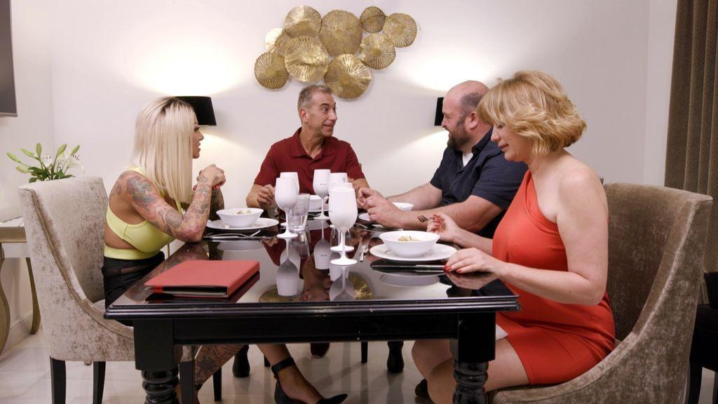 """Cuatro históricos anfitriones, """"a cuchillo"""" en la gran repesca de 'Ven a cenar conmigo'"""