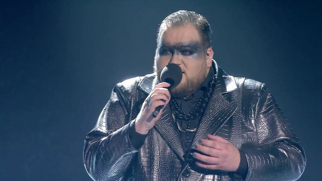 """Enrique Ramil inaugura los directos de 'Factor X' por todo lo alto: """"Eres un diamante"""""""
