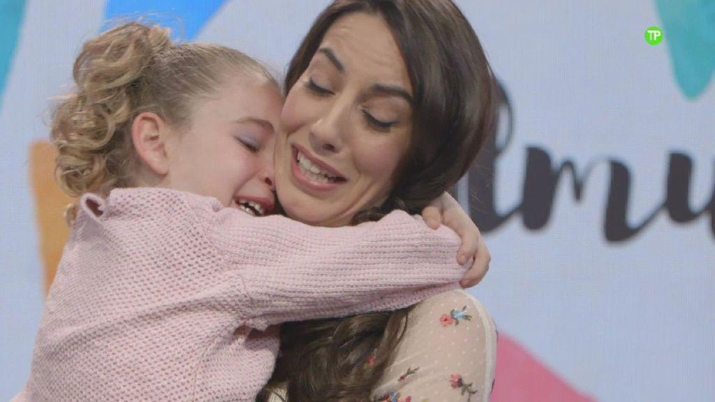 """Almudena Cid, rota de emoción en 'De mayor quiero ser…': """"No llores, que voy a llorar yo"""""""