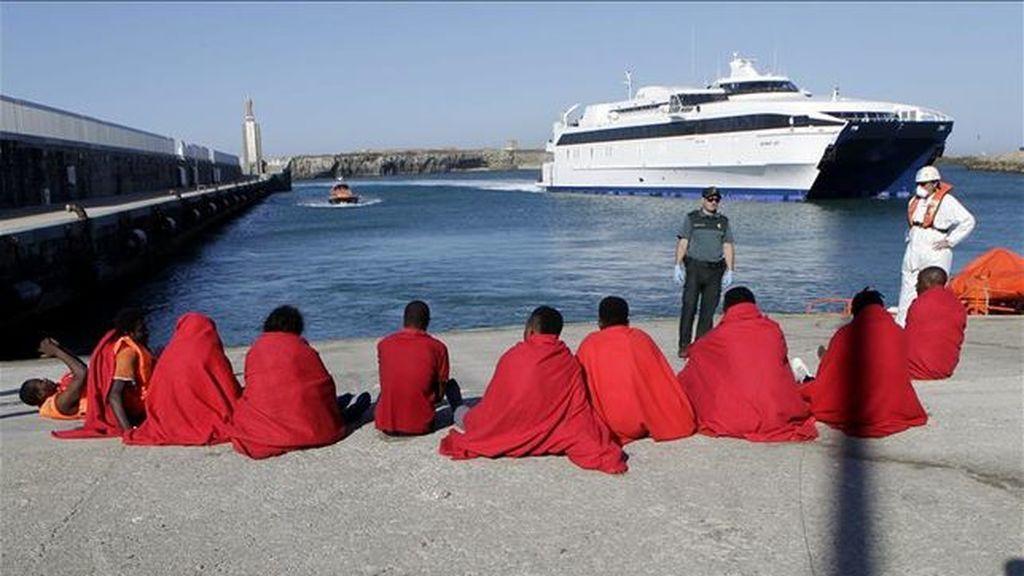 Ascienden a 233 las personas rescatadas en aguas andaluzas