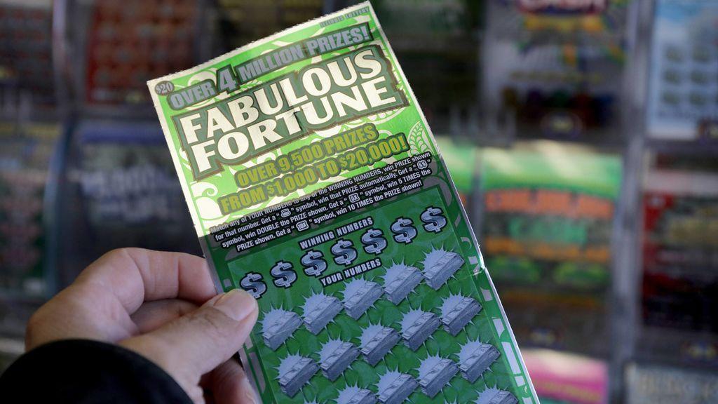 El generoso gesto de un hombre: devuelve un cupón premiado con un millón de dólares