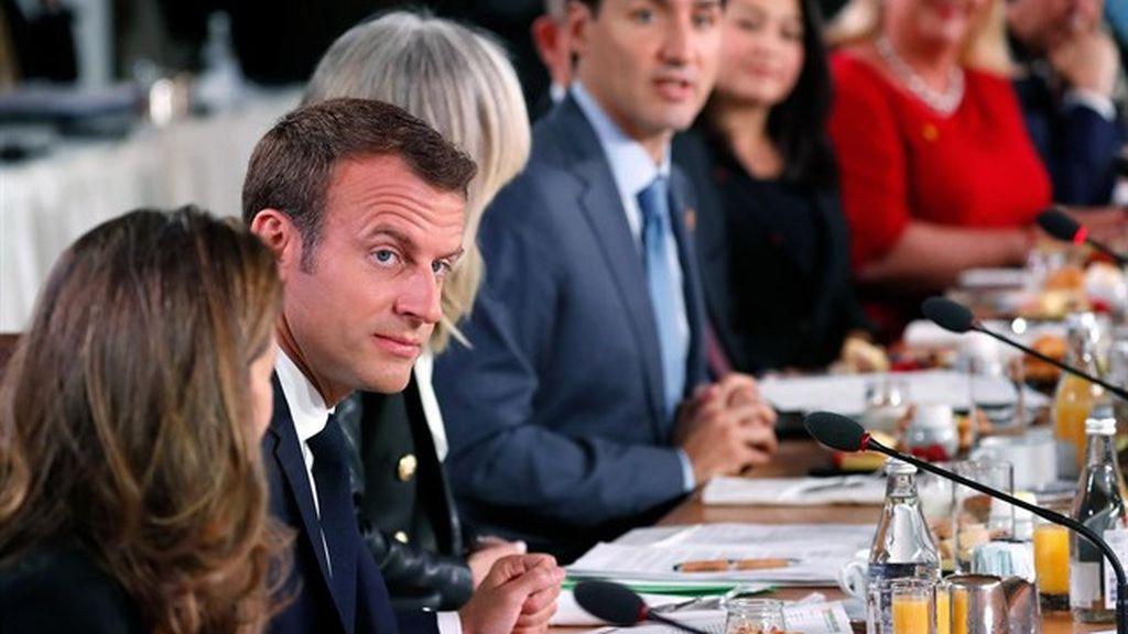 """Los líderes del G-7 urgen a Rusia a """"dejar de debilitar a las democracias"""""""