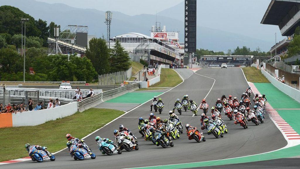 En estado grave un piloto de 14 años tras un accidente en el Mundial Junior de Moto 3