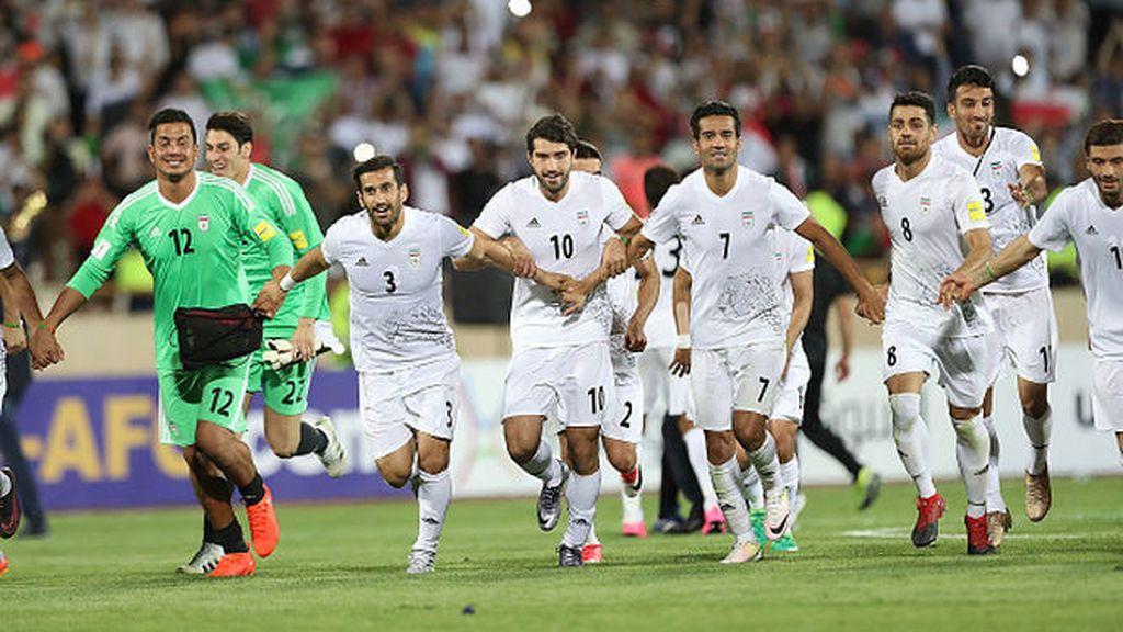 Trump prohíbe a los jugadores de Irán calzar botas Nike durante el Mundial de Rusia
