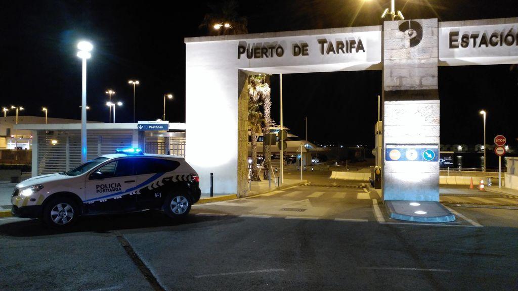 Un agente contra siete agresores: evita una presunta violación a una joven en Tarifa