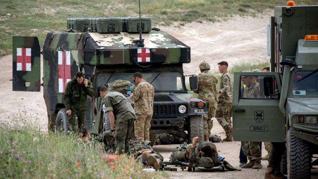 Trece militares españoles, heridos durante un ejercicio de paracaidistas en Zaragoza