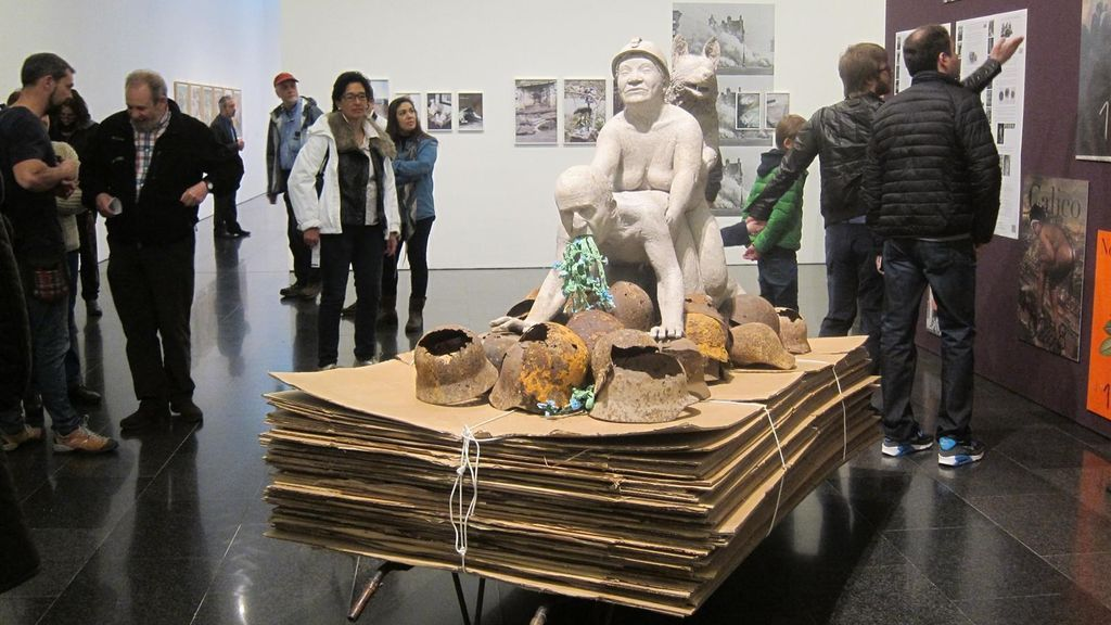 Obra de Ines Doujak y John Barker, en la exposición 'La bestia y el soberano', del Macba.