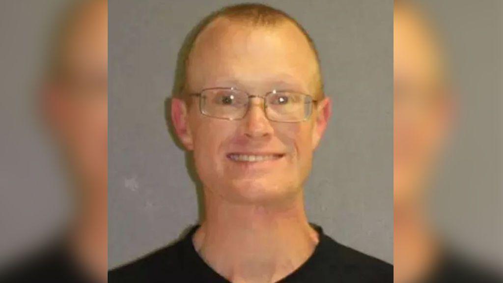 El hombre que permanecía atrincherado con cuatro niños los mata y luego se suicida