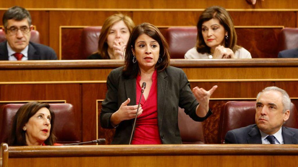 Margarita Robles, Adriana Lastra y Rafael Simancas, en el Congreso de los Diputados.