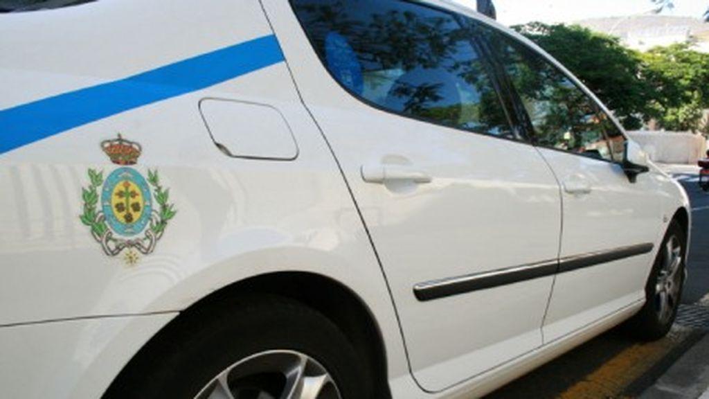Un taxista de Tenerife descubre a una mujer que escondía a su bebé muerto entre mantas
