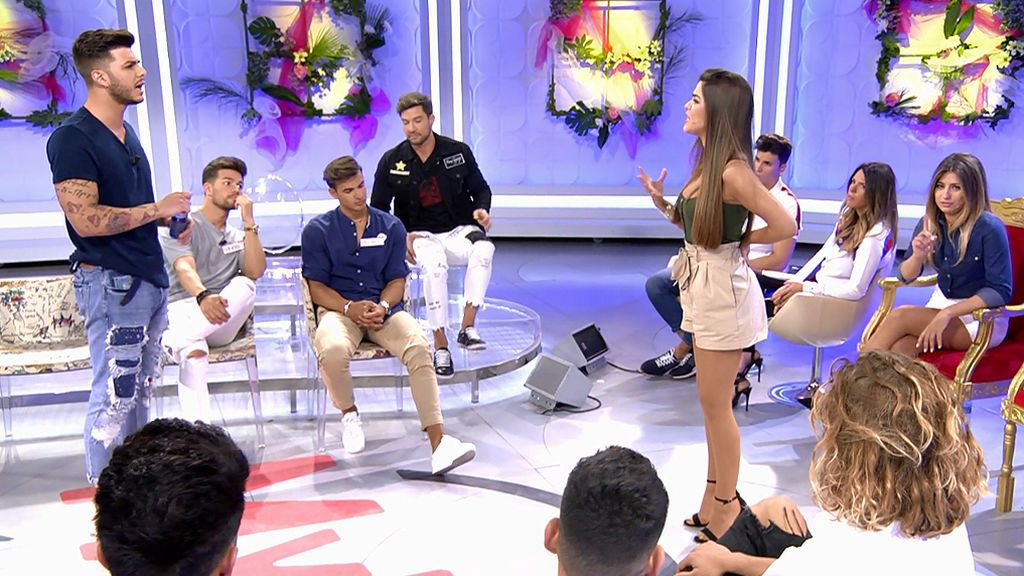 Manu ha tirado la caña a varias chicas: las confidencias que han hecho que su relación con Violeta se acabe