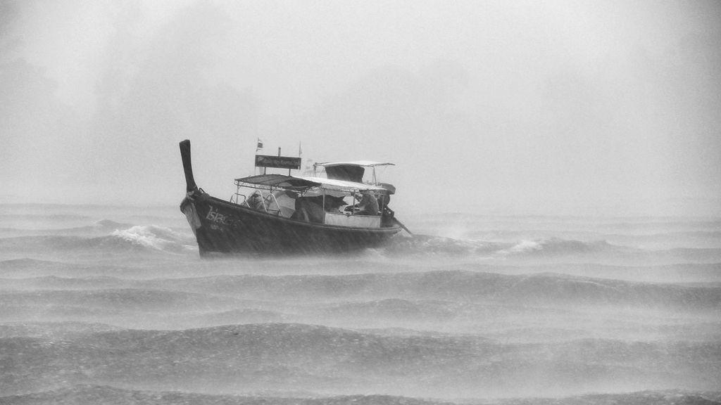 mar barco