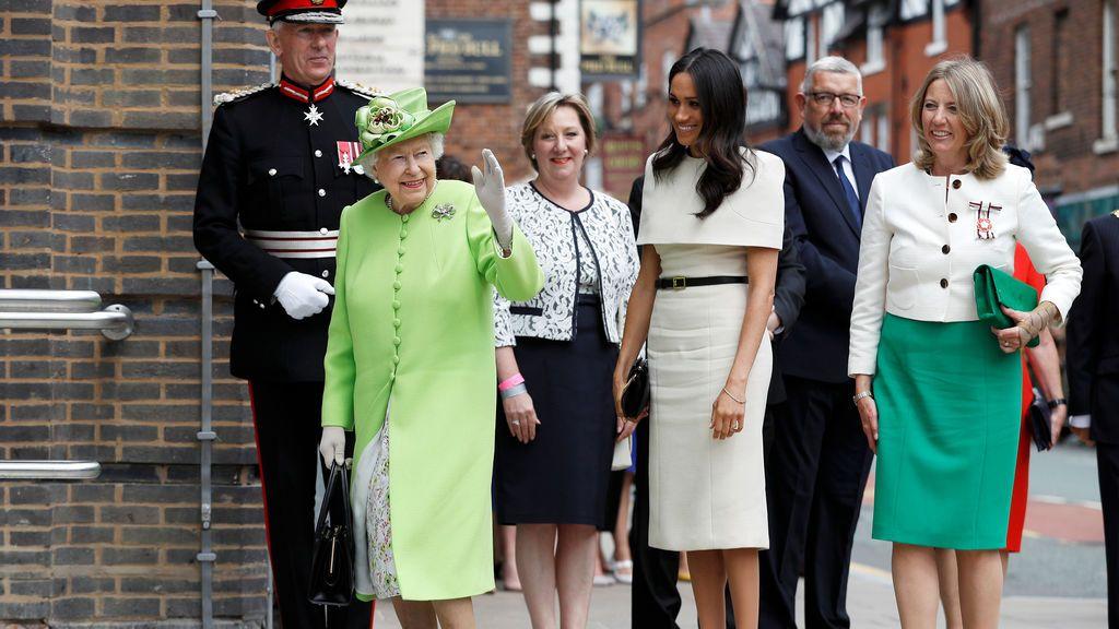 La reina Isabel y Meghan Markle, juntas de visita oficial