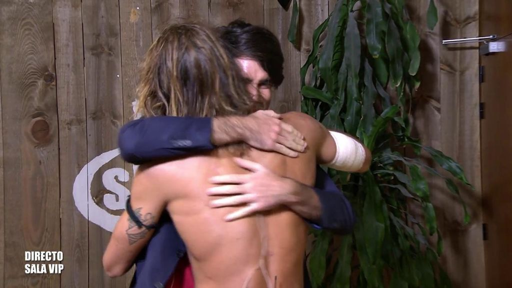 ¡Una final de sorpresas! Logan recibe la visita inesperada de su hermano Andrés
