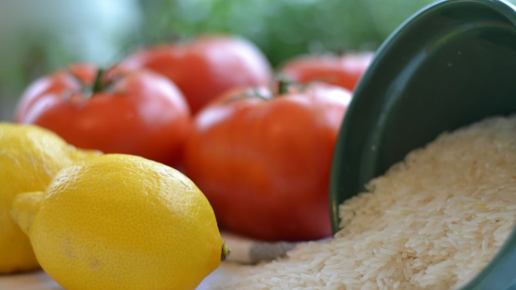 stuffed-tomato-ingredients-lo-res