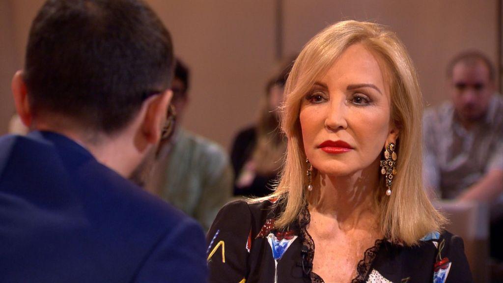 """Carmen Lomana: """"Me quité el sujetador y se lo metí en el sudario a mi difunto marido"""""""