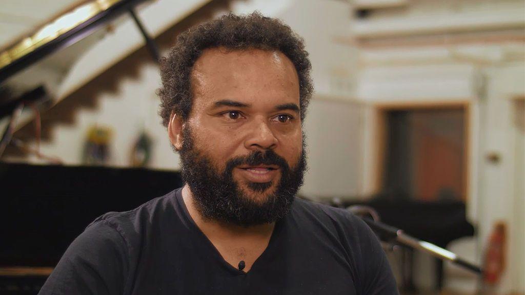 Carlos Jean graba el tema principal de 'Yucatan' en Abbey Road