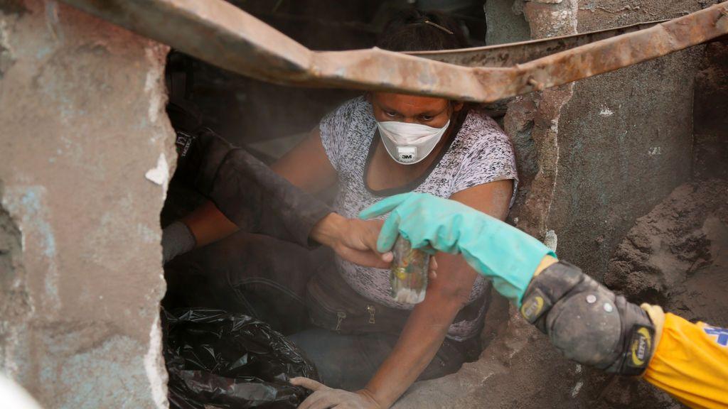 Los volcanes de Fuego, Pecaya y Santiaguito registran nuevas explosiones