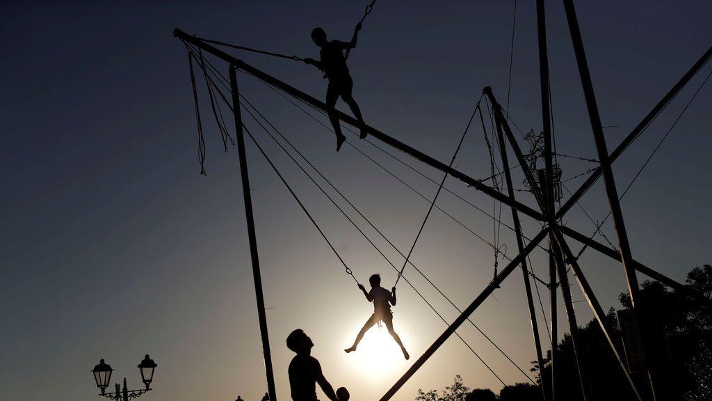 Niños juegan antes del Mundial de Rusia