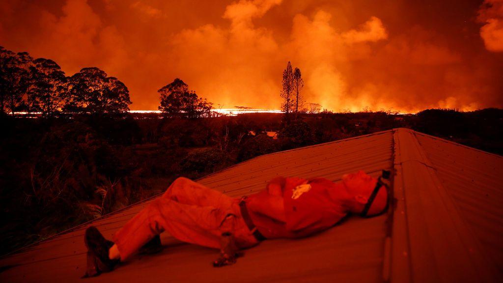 El volcán Kilauea sigue expulsando lava