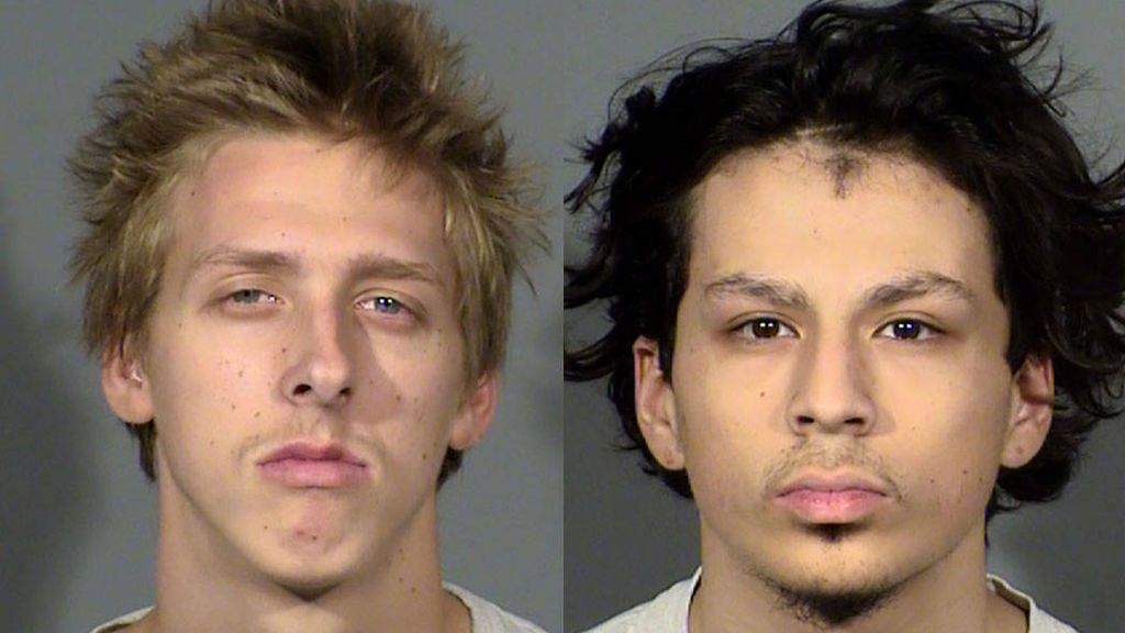 """Tres adolescentes detenidos por el presunto asesinato de otro """"jugando a la ruleta rusa"""""""
