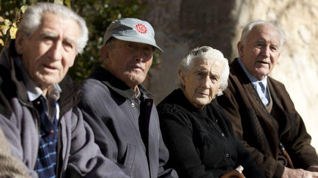 El Ejecutivo pide 7.500 millones a la Tesorería para pagar la extra de julio a los pensionistas