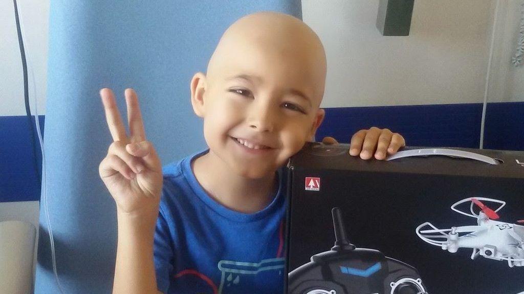 Fallece Antonio Manuel, de 6 años, tras media vida luchando contra la leucemia
