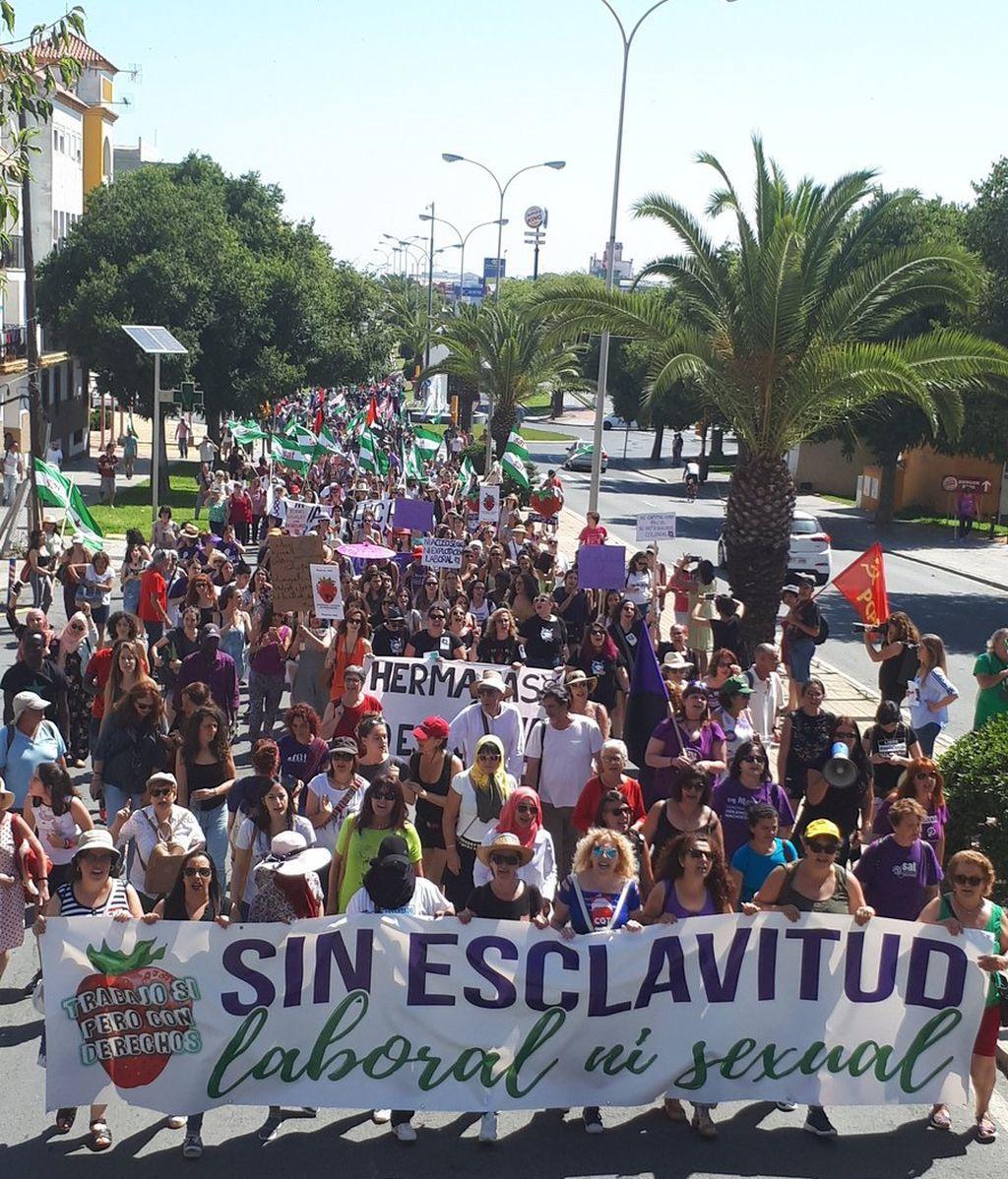 """Manifestación en Huelva por """"la impunidad"""" ante los abusos de las temporeras"""