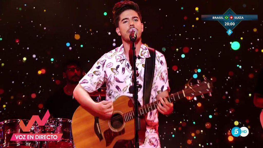 Roi llega fuerte a la música interpretando su primer single, 'Por una vez más'