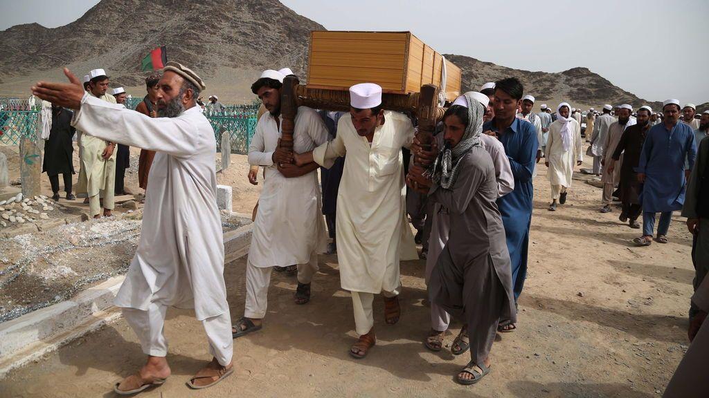 Un atentado suicida se salda con ocho muertos y 30 heridos en Afganistán