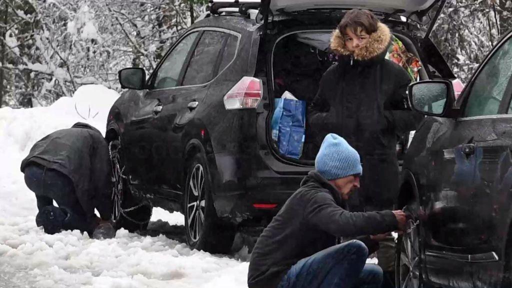 ¡Nieve en la carretera! Cinco trucos fáciles para poner las cadenas