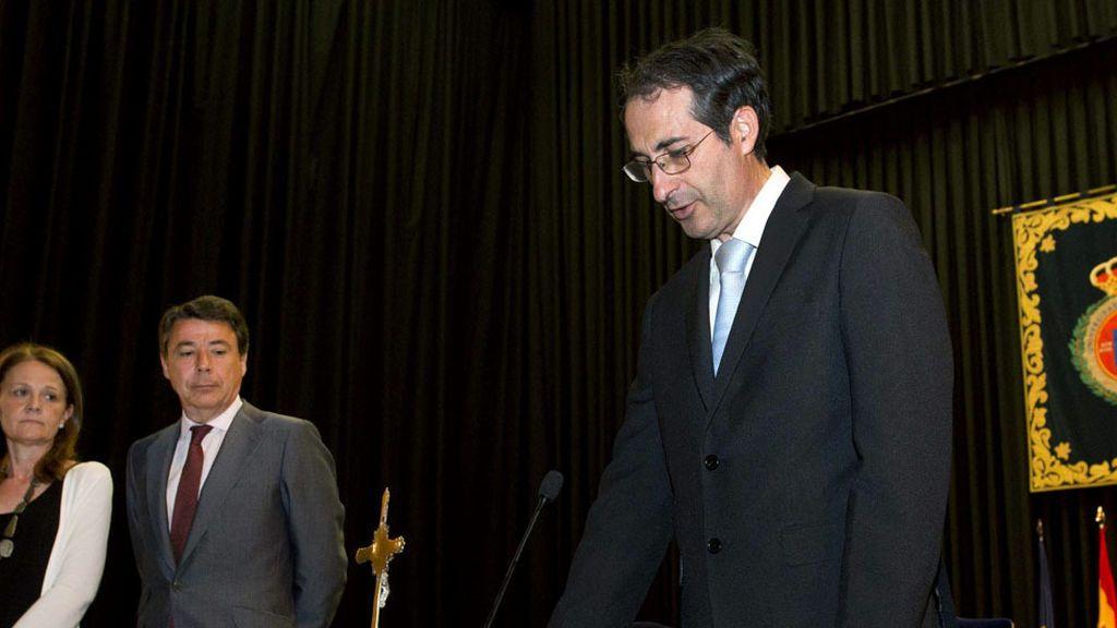 Citan a declarar al exrector de la Rey Juan Carlos por el máster que cursó Casado
