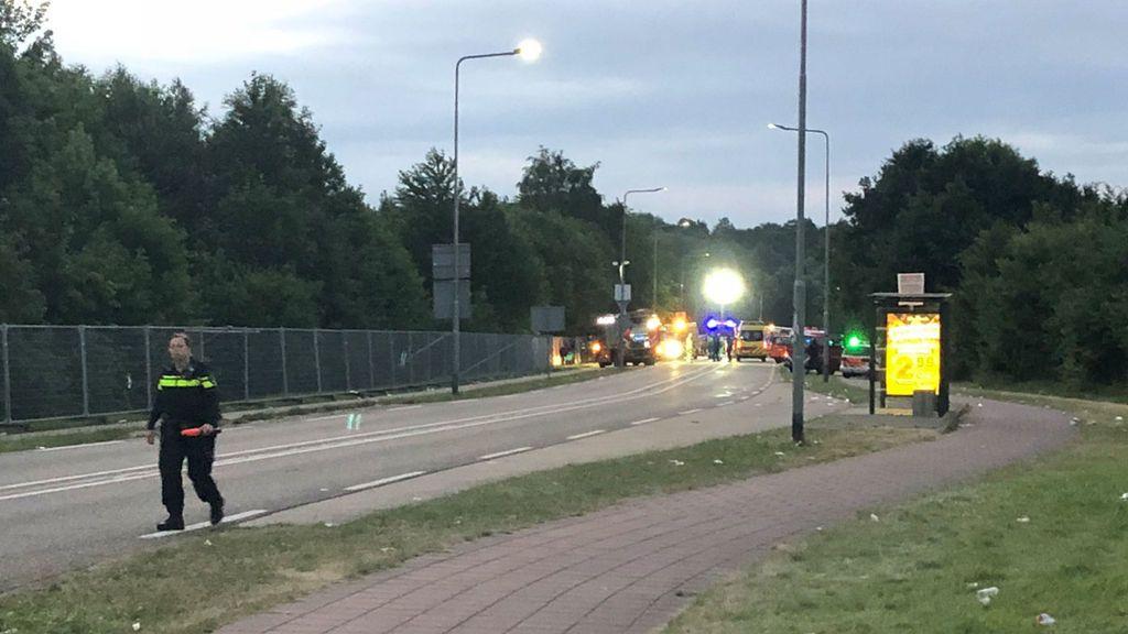 Una furgoneta atropella mortalmente a una persona y se da a la fuga a la salida de un festival en Holanda