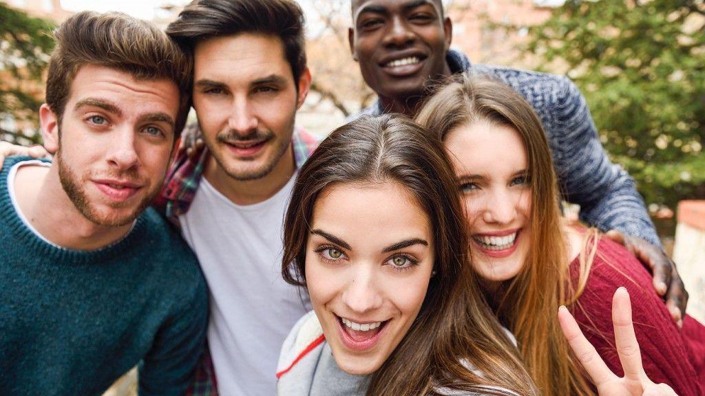 'Bae', 'stalkear' o 'shippeo': el diccionario millennial para poner tu vocabulario al día