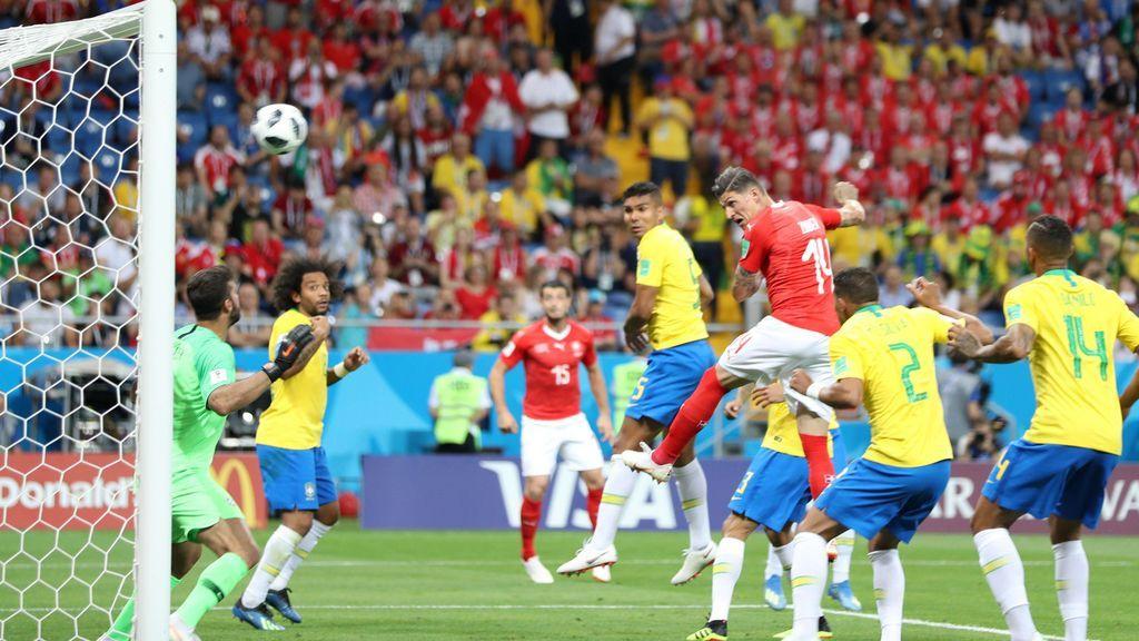 Brasil manda un escrito a la FIFA quejándose del VAR y las decisiones arbitrales ante Suiza