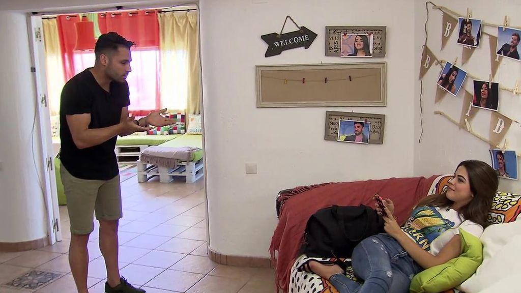 Bronca en 'La Casa de los tronistas': Violeta y Eleazar no se aguantan