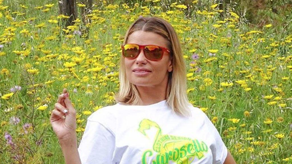 María Lapiedra pierde su ombligo tras la operación de lipoescultura a la que se sometió