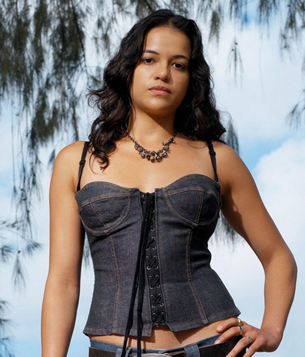 Ana Lucia Cortez (Michelle Rodriguez)