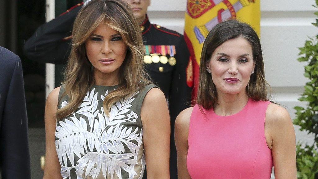 El guiño de Letizia a Melania: idéntico vestido pero en otro color