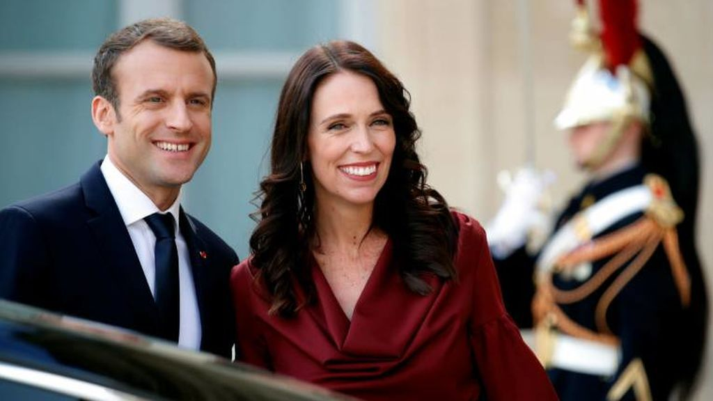 Jacinda Ardern junto a Emmanuel Macron