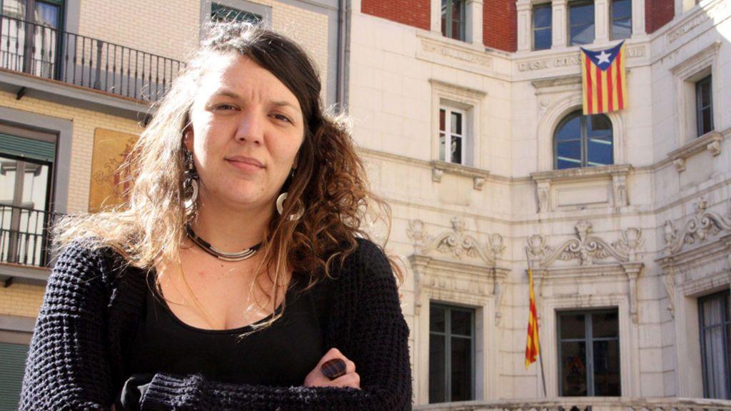 La alcaldesa de Berga , inhabilitada por 6 meses al negarse a quitar la estelada